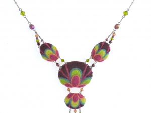 Petal Burst Necklace